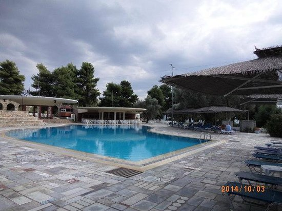 Holidays In Evia & Eretria Village Hotels : бассейн