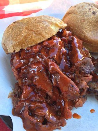 Phil's BBQ: El toro (Tri tip) sandwich