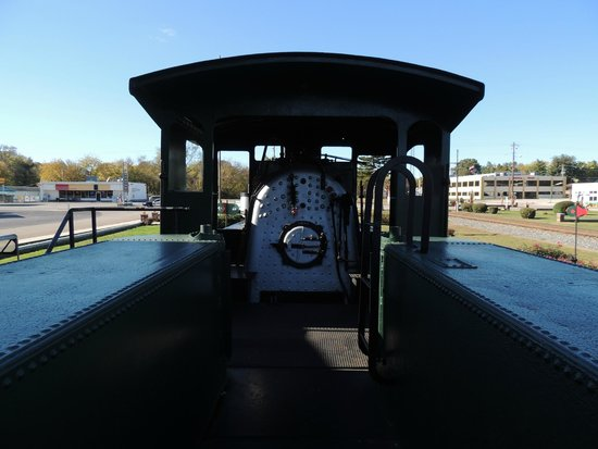 Cowan, TN: coal car and engine