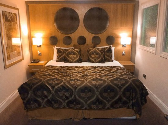 BEST WESTERN PLUS Ullesthorpe Court Hotel & Golf Club: Bedroom