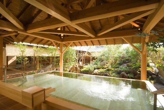 Shimobe Hotel: ひのき風呂