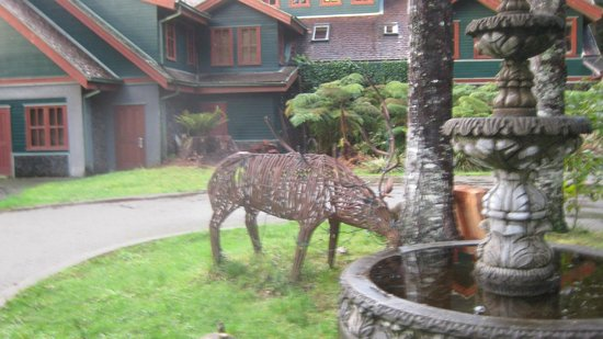 Yan Kee Way Lodge Hotel: Entrada