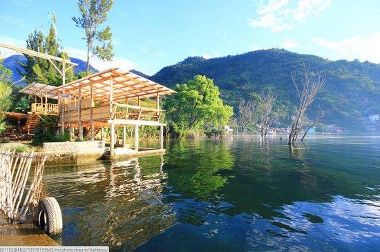 Hostal del Lago: Yoga Platform Hostel del Lago