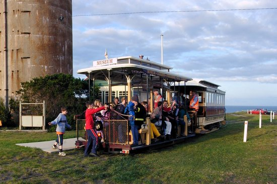 """Portland Cable Trams: """"All aboard!"""""""