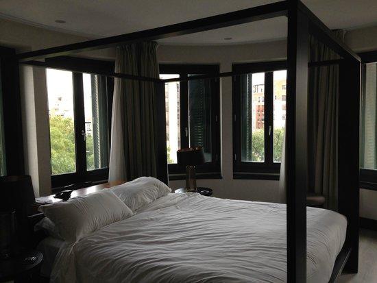 Hotel One Shot Luchana 22: room