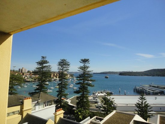 Manly Shores Holiday Apartments: View from our balcony
