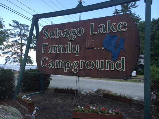 Sebago Lake Family Campground: Entrance