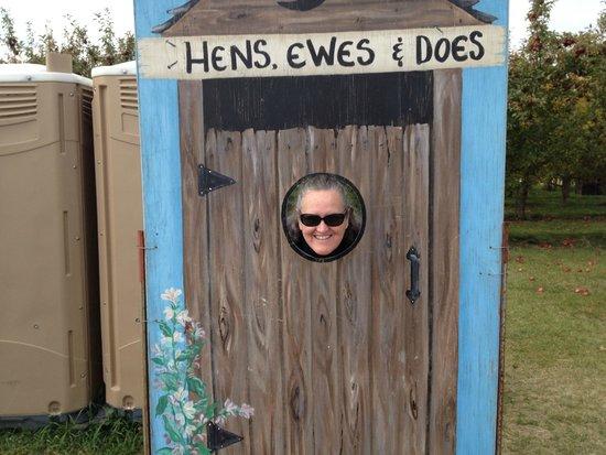 Belle Plaine, Μινεσότα: Fun things to stick your head through