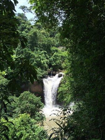 Pak Chong, Thái Lan: Haew Suwat Waterfall