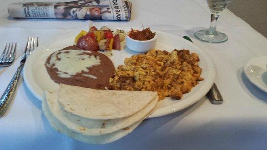 Las Canarias Restaurant: San Antonio Breakfast