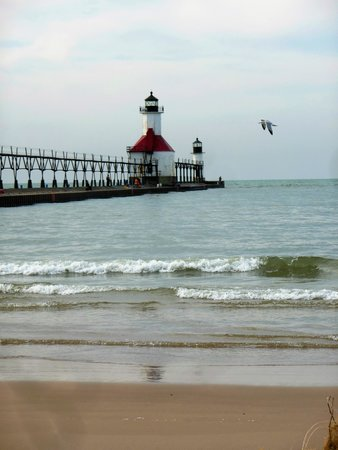 St. Joseph Lighthouses: St Joseph Lights