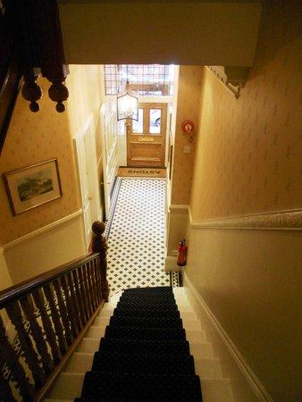Astons Apartments: Acceso a los apartamentos