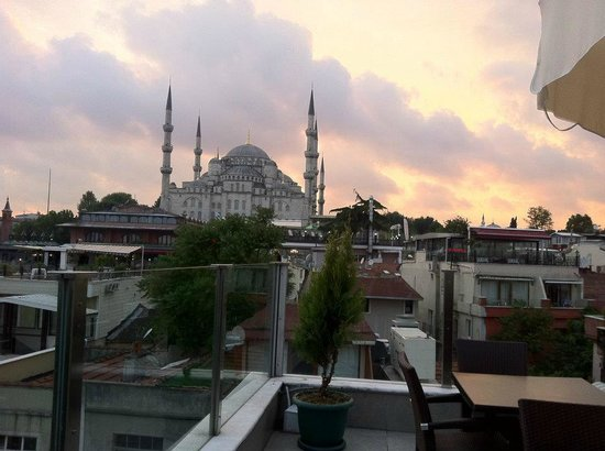 Ferman Hotel: rooftop view
