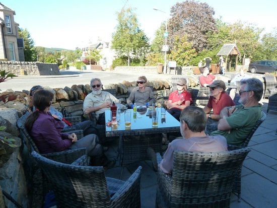 The Boat Hotel Bistro : Enjoying a beer outside