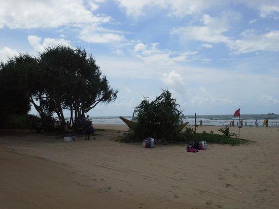 Bentota, Sri Lanka: Beach sellers