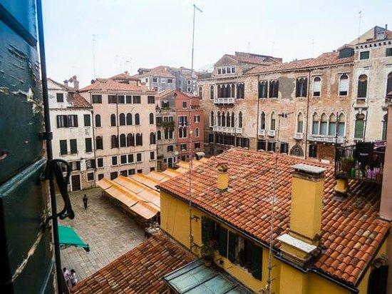Ca' del Pozzo : View from room