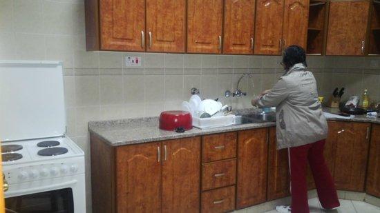 Asfar Resorts Al Ain: Kitchen