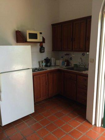 Top O' Tobago Villa & Cabanas: Kitchen
