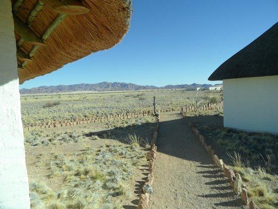 Desert Homestead Lodge: uitzicht: https://www.tripadvisor.co.uk/LocationPhotoDirectLink-g479221-d658927-i114969052-Desert_Homestead_Lodge-Namib_Naukluft_Park_Khomas_Region.html