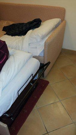 Hotel Shangri La Corsetti: I due letti singoli non richiesti