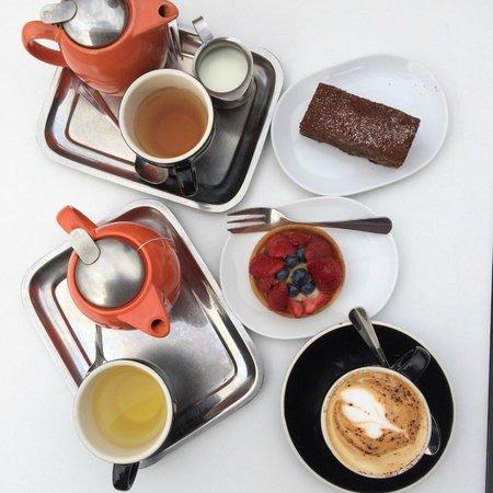 MCA Cafe: Cappucino, tea, and pastries