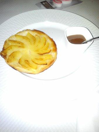 Tortino di mele con caramello