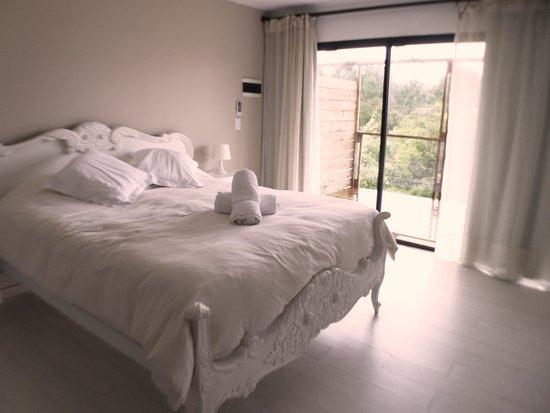 La Bonita Suites: Habitación