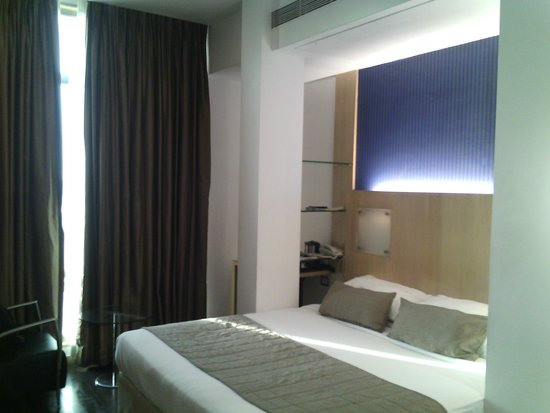 Ramee Guestline Dadar Hotel: room view