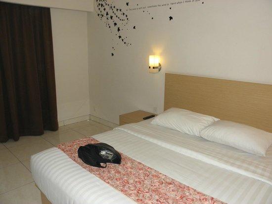 The Tusita Hotel: camera