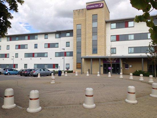 Premier Inn Rochester Hotel: The Hotel entrance