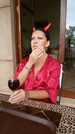 Villa Jenaima Marrakech: ПОДГОТОВКА К ВЕЧЕРНИКЕ