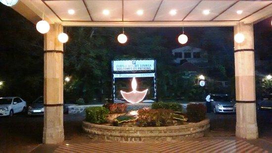 Fariyas Resort Lonavala: Main entrance as seen from the lobby