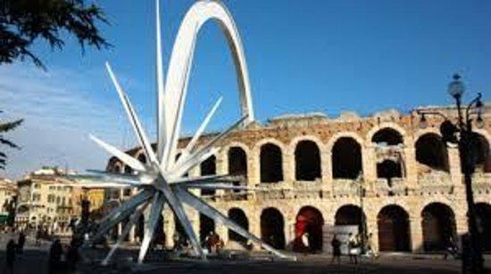 Verona Stella Di Natale.Arena Con Stella Di Natale Foto Di Chiara Arena Apartment