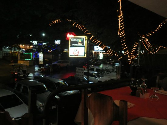 Restaurante Las Olas: View of the street from our table
