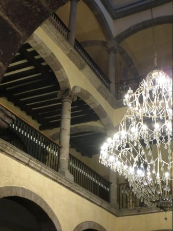 Hotel Frances: Chandelier in the main hall.