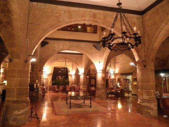 Parador de Santo Domingo de la Calzada : Lobby