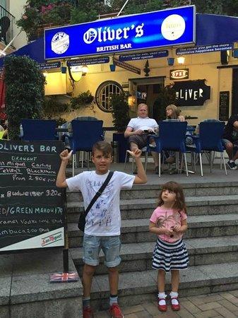 Benidorm Old Town : Oliver outside Oliver's Bar