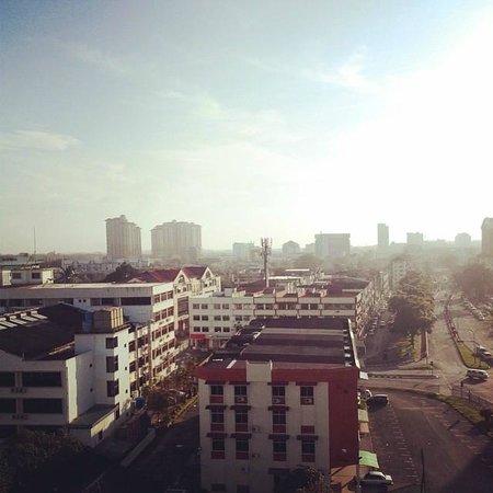 Grand Supreme Hotel: Window View