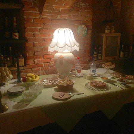 Al Vecchio Gelso : Tavolo Colazione