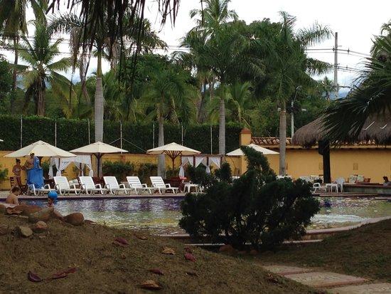Hotel Porton del Sol: una de las piscinas
