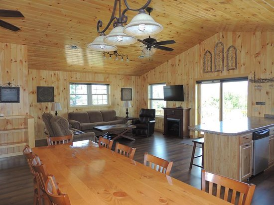 Angel Rock Waterfront Cottages: Upstairs of 5 bedroom vacation home