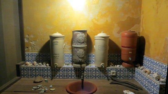 Casa do Gabriel: details of the bathroom