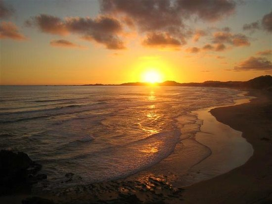 Bay View Guest Apartments: Sunset on Brenton-On-Sea Beach