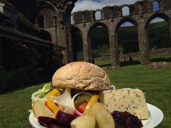 Llanthony Priory: delicious food from the restaurant