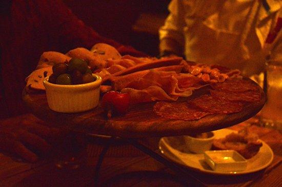 Osteria Coppa: Fiambres todos producidos en el restaurante