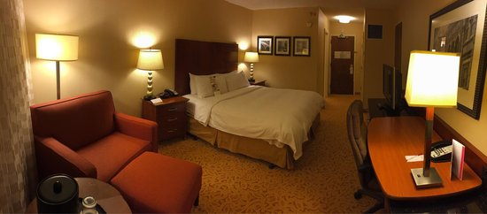 Greensboro-High Point Marriott Airport: King Room