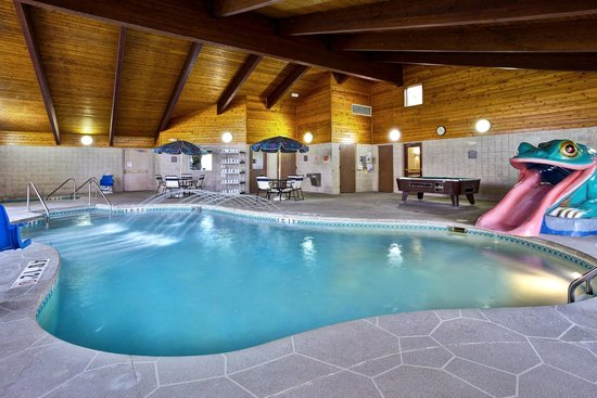 AmericInn Lodge & Suites Beaver Dam: Pool