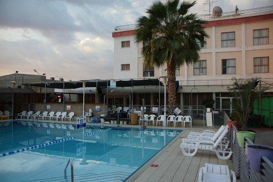 Arcadia Hotel Tiberias : basen hotelowy