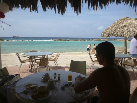 Holiday Beach Hotel And Cafe Da Manha