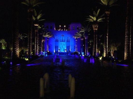 Four Seasons Resort Marrakech : Beautiful evening at the Four Seasons.